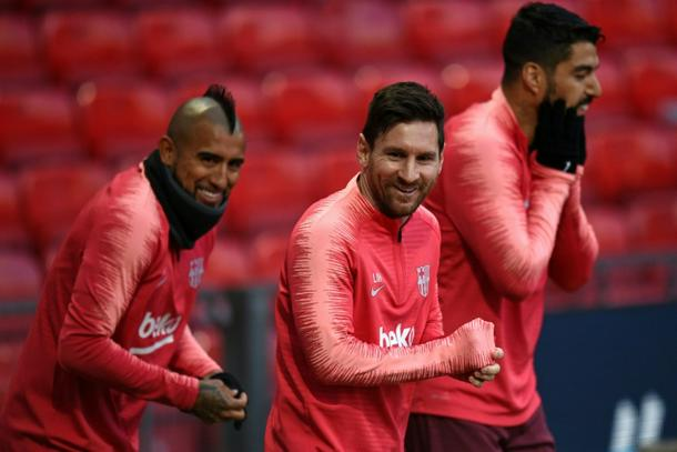 94566191 photo0 610 - Stopping Messi not mission impossible for Man Utd, says Solskjaer