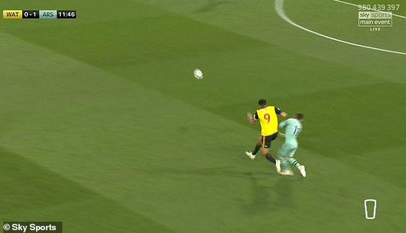 gg - Watford 0-1 Arsenal – Deeney sent off after Aubameyang scores
