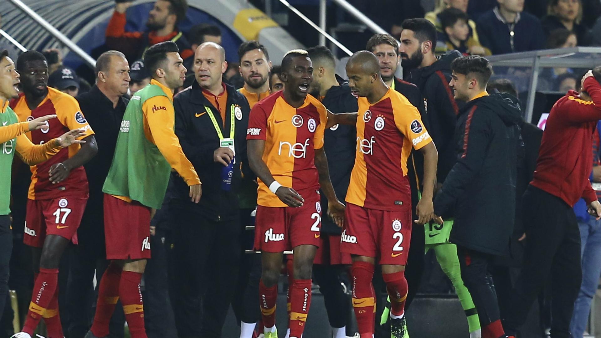onyekwuru - Onyekwuru turns Oliver Twist after scoring for Galatasaray