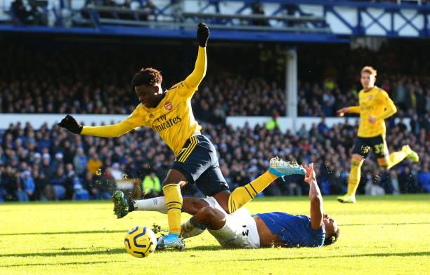 saak - Saka deserved a red card against Everton–UK ref insists
