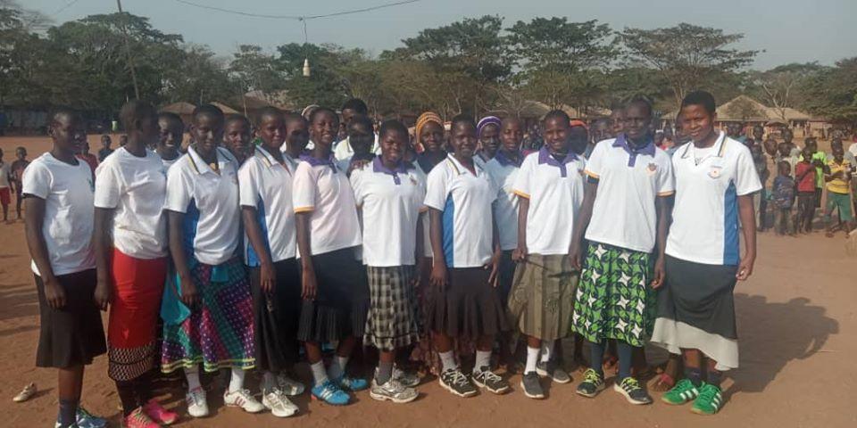 edema2 - UK based Lord Taverner thumbs CSED for donating sports kits to Edo IDP