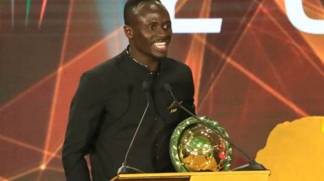 mane2 - Drogba hails Mane as new king of Africa