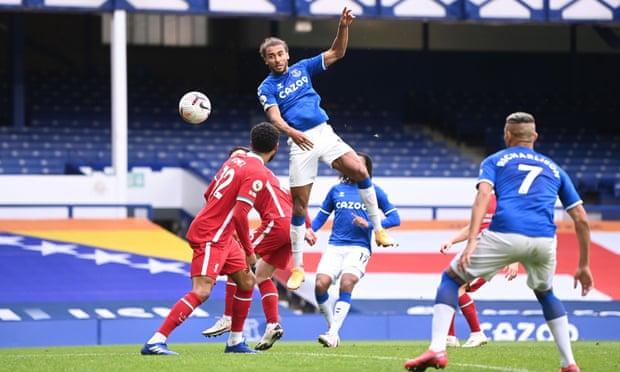 Dominic Calvert-Lewin heads in Everton's second goal.