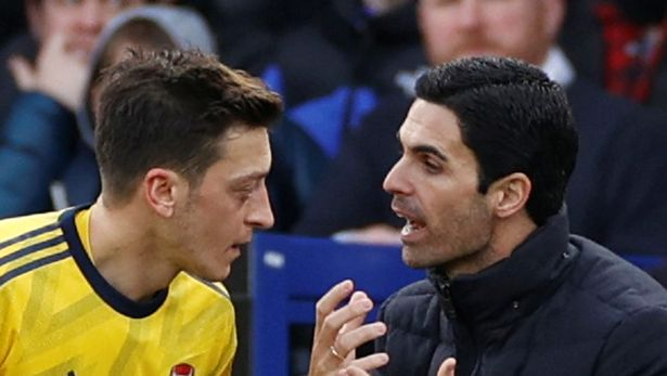 Arteta sends blunt message to Ozil after he slams Arsenal in angry statement