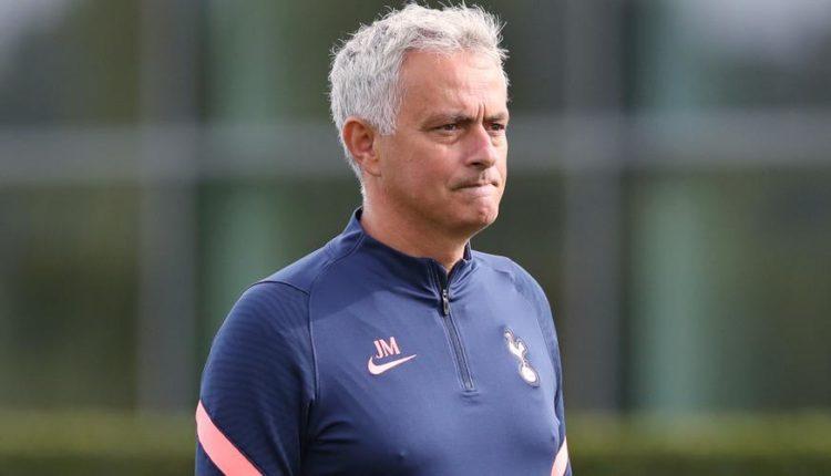 Jose-Mourinho-200923-LooksOn-G-1050