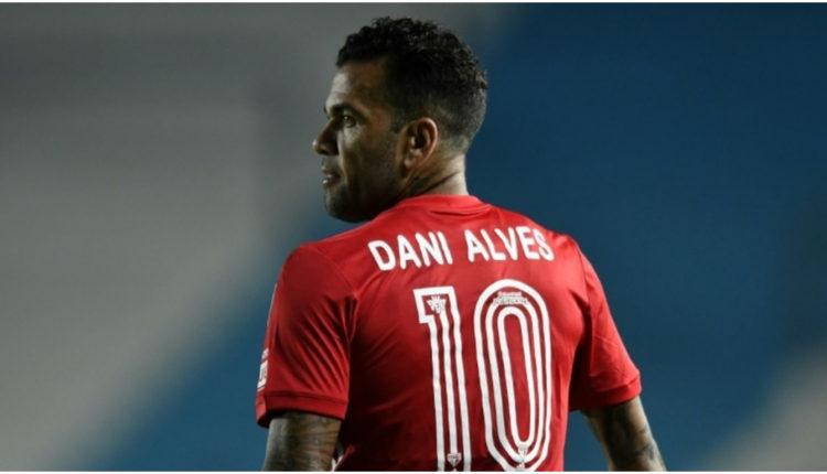 Dani Alves coll