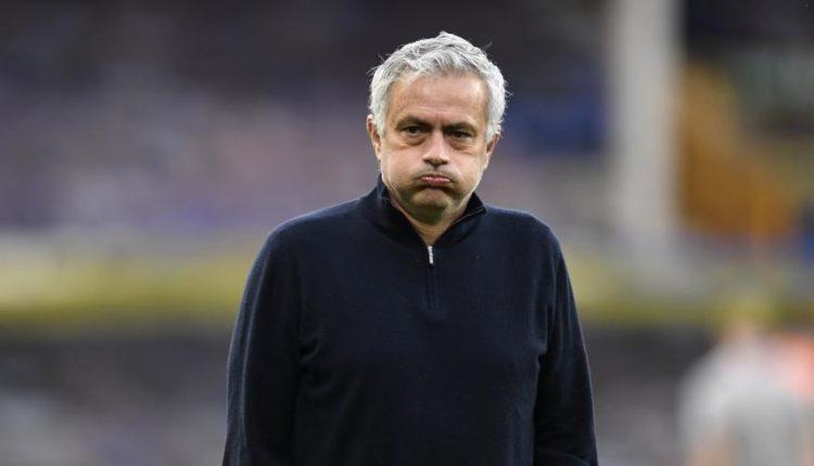 Jose-Mourinho-face-210416G1050