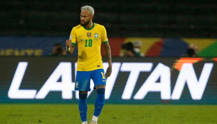 Neymar-210617-Celebrates-G-1050