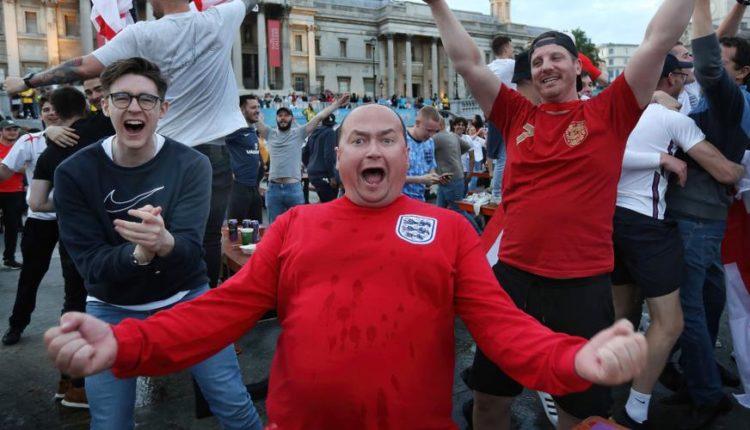 England-210706-Fans-G1050