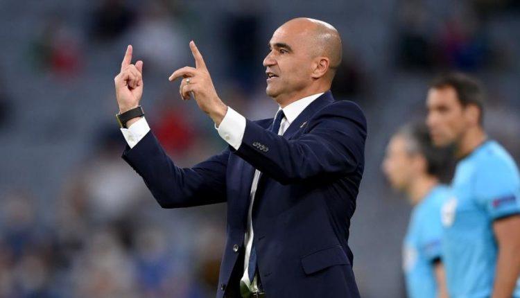 Roberto-Martinez-sideline-210702G1050