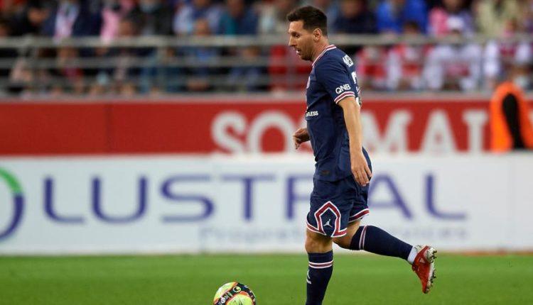 Lionel-Messi-210829-Dribbles-G-1050