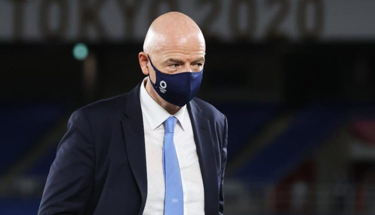 Gianni-Infantino-stands-210907G1050