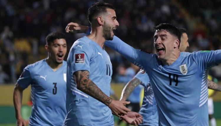 Uruguay-210909-celebrate-R-1050